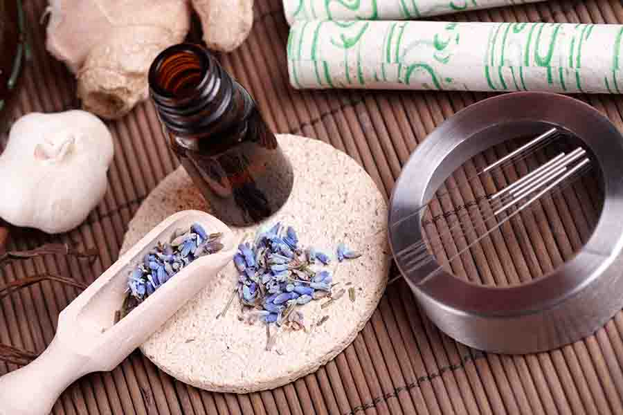 traditional chinese medicine including herbs and accupuncture